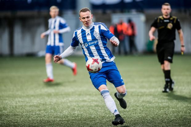 Mateusz Kuzimski to były piłkarz m.in. Bałtyku Gdynia. Dla biało-niebieskich grał wiosną 2015 roku oraz w sezonach 2016/17 i 2017/18.