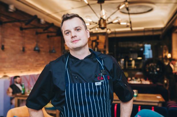 Autor kolacji i szef kuchni restauracji Canis - Mateusz Janusz
