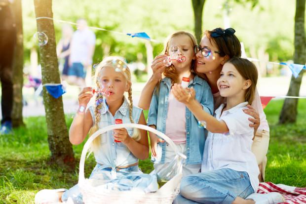 Każda rodzina zastępcza sama podejmuje decyzje o tym, czy jest gotowa na przyjście dziecka, czy sytuacja rodzinna na to pozwala.