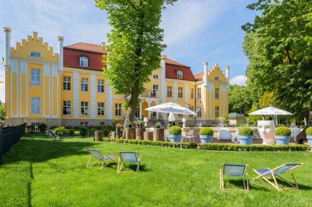 Biały Królik to restauracja przy hotelu Quadrille w Gdyni.