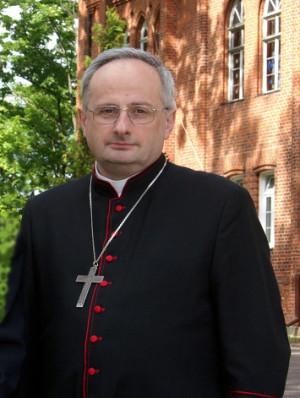 Biskup Jacek Jezierski, decyzją papieża, pełni teraz obowiązki metropolity gdańskiego.