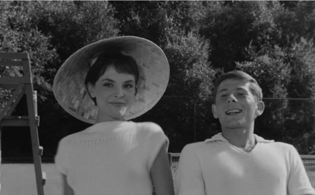 """Na dawnych kortach tenisowych nakręcono scenę z """"Do widzenia, do jutra..."""" z udziałem Romana Polańskiego, Zbigniewa Cybulskiego i Teresy Tuszyńskiej."""