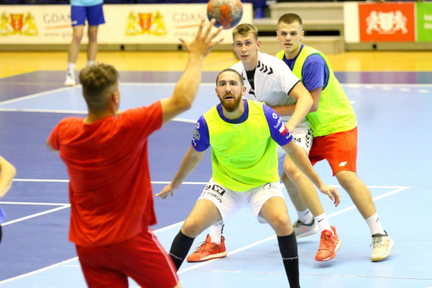 Piłkarze ręczni Torus Wybrzeże Gdańsk przygotowują się do sezonu 2020/21. Kibice mogą już kupować karnety na nadchodzące rozgrywki.