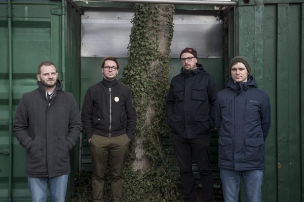 Na trzecim albumie Lastryko nadal jest w znakomitej formie i po raz kolejny udowadnia, że ich muzyka nigdy nie przestaje ewoluować