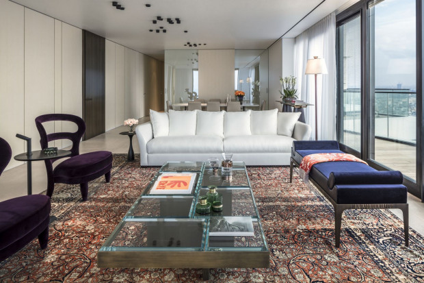 Meble szyte na miarę sprawiają, że wnętrze może stać się luksusowe.