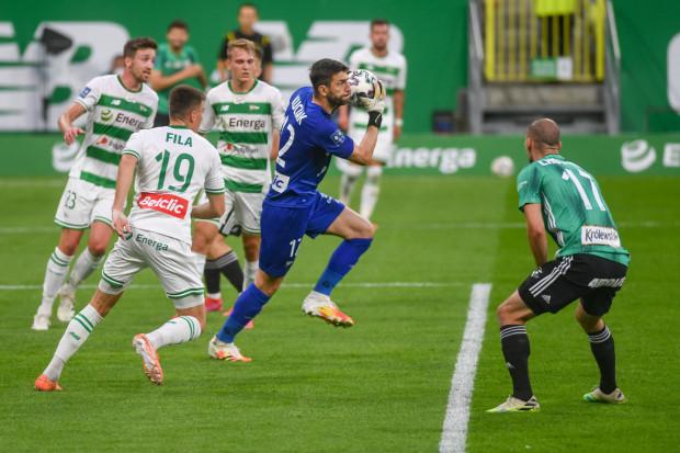 Jednym z głównych zadań Lechii Gdańsk w nowym sezonie ma być uszczelnienie obrony i tracenie mniejszej liczby bramek.