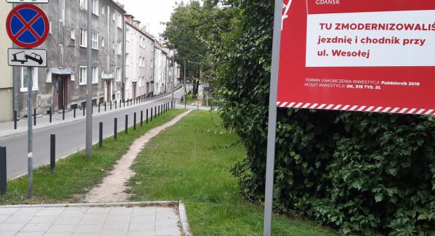 Szpital nie zamierza przekształcać swojego terenu w chodnik czy miejsca postojowe.