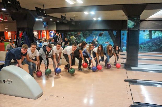U7 od początku istnienia kładzie ogromny nacisk na promocję bowlingu wśród dzieci i młodzieży szkolnej.