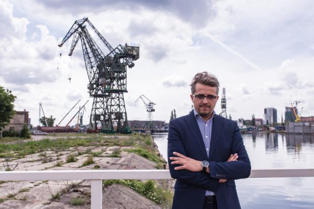 Paweł Lulewicz m.in. zajmował się restrukturyzacją infrastruktury stoczniowej na Wyspie Ostrów w Gdańsku.