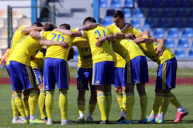 Latem do Arki Gdynia dołączyło aż 15 nowych piłkarzy. Natomiast 17 z klubem się pożegnało. Zdaniem Czesława Boguszewicza, takie rozwiązanie było potrzebne.