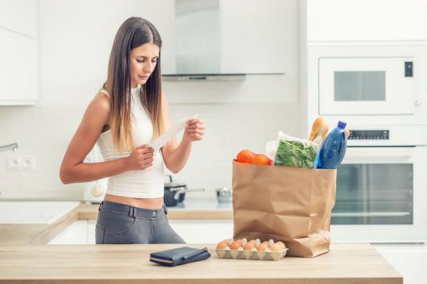 Wiele osób obawia się, że przejście na dietę oznacza większe wydatki, tak jednak nie musi być.