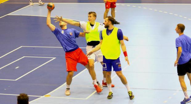 Piłkarze ręczni Torus Wybrzeże Gdańsk rozegrali przed sezonem 8 sparingów. Ich bilans to 3 zwycięstwa, 1 remis i 4 porażki.