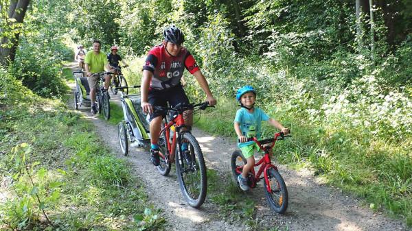 Rodzinna wycieczka rowerowa z GR3miasto to jedna ze sportowych atrakcji, w których można wziąć udział za darmo.