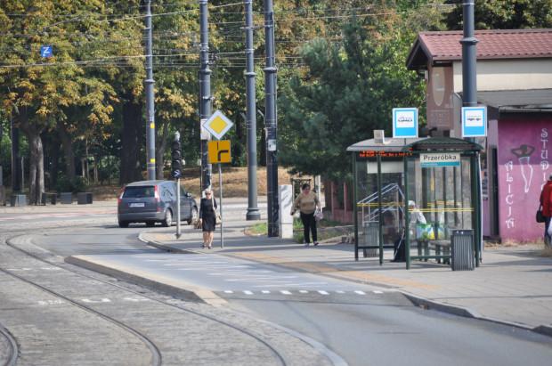 W pierwszej kolejności nawierzchnia zostanie wymieniona na przystanku Przeróbka w kierunku Stogów.