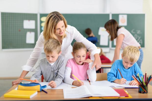 Zgodnie z ustawą budżetową na 2020 r. płace nauczycieli mają wzrosnąć o 6 proc.