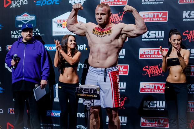 Mariusz Pudzianowski karierę zawodnika MMA zaczął w 2009 roku. Od tamtej pory wygrał 13 walk, a 7 przegrał.