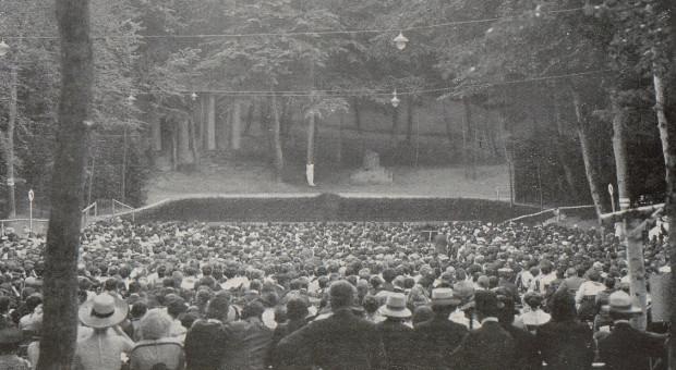 Teatr Leśny w pierwszych latach działalności.