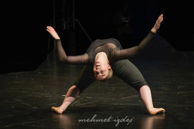 """Konkurs Solo Dance Contest wygrała pochodząca z Francji Clémence Juglet za solo """"I need to"""", które w klubie Żak zobaczyć można było online."""