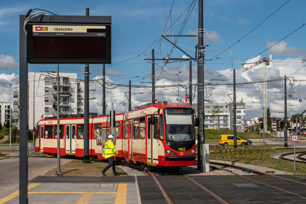 Tramwaje N8C to jedne z najpopularniejszych składów, jeżdżących po Gdańsku. Na zdjęciu: przejazd specjalny tramwajem na trasie Migowo-Lawendowe Wzgórze z 27.05.2020.