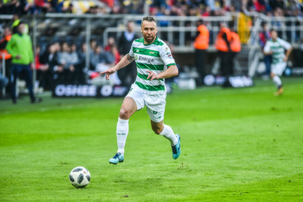 Jakub Wawrzyniak w przeszłości grał m.in dla reprezentacji Polski, Legii Warskzszawa i Lechii Gdańsk. 37-latek pojawił się na treningu IV-ligowej Gedanii, w której szkółce trenuje jego 10-letni syn.
