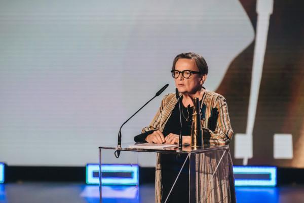 """Agnieszka Holland w ubiegłym roku odebrała statuetkę Złotych Lwów za """"Obywatela Jonesa"""". To trzecia taka nagroda w dorobku wybitnej reżyserki."""