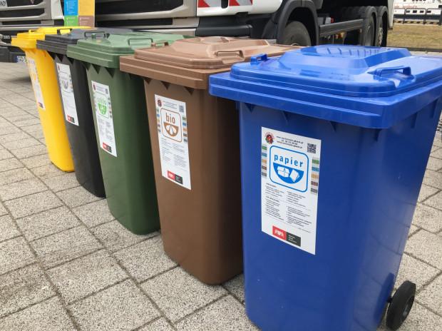 Segregowanie śmieci na pięć rodzajów jest w całej Polsce ustawowym obowiązkiem od początku tego roku. Mimo to wielu z nas nadal tego nie robi.