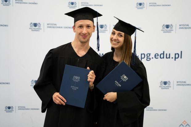Ogólnopolskie dane jednoznacznie wskazują, że studia podyplomowe z roku na rok zyskują na popularności.