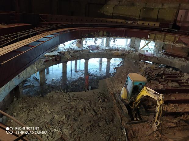 W wyniku przedsięwzięcia budynek Dużej Sceny Teatru zostanie gruntownie zmodernizowany i wyposażony.