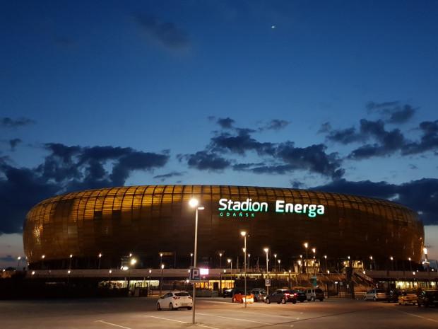 W listopadzie wygasa umowa Energi na nazwę stadionu w Letnicy. Nowa umowa jest na końcowym etapie negocjacji.