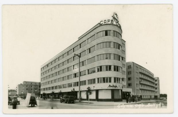 Gmach przy skrzyżowaniu ulic 10 lutego i 3 maja w Gdyni, w którym po wojnie znajdowała się siedziba Polskich Linii Oceanicznych.