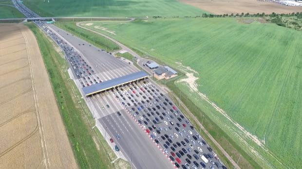 W wakacje z autostrady A1 skorzystało zaledwie 6 proc. mniej kierowców niż przed pandemią.