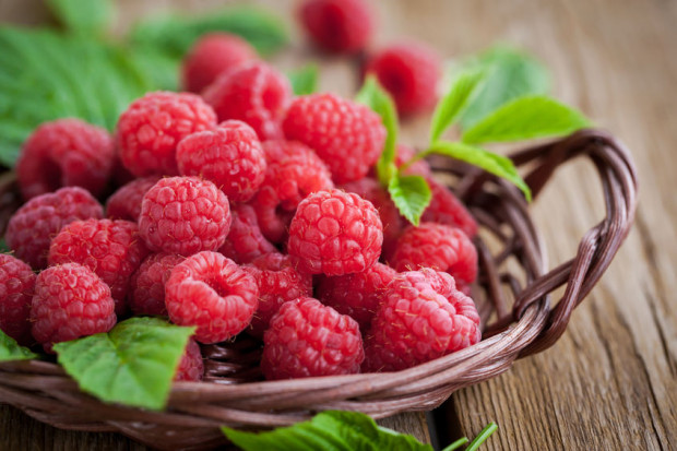 Maliny pozytywnie wpływają na układ odpornościowy i mają także działanie lecznicze we wczesnych etapach przeziębień.