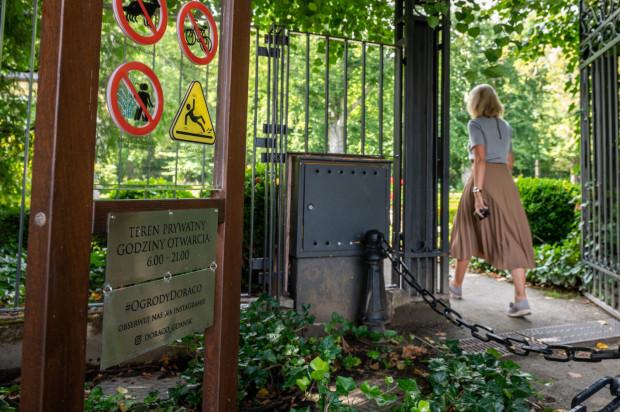 Ogrody Doraco przy parku Oliwskim są otwarte w godzinach pracy znajdujących się tam biur.