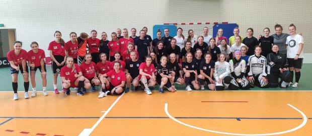 Interplastic Olimpia Osowa w tym roku wystawi dwa zespoły w ekstralidze seniorek. Gdański klub na najwyższym szczeblu ponownie reprezentować będzie także męska drużyna.