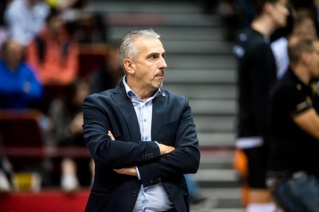 Dariusz Gadomski nie chce stawiać wygórowanych celów przed siatkarzami Trefla Gdańsk. Dobrze zdaje sobie sprawę, że żółto-czarni przygotowywali się znacznie krócej, niż pozostałe drużyny PlusLigi.