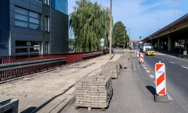 Remont przystanku Hutnicza/Estakada na ulicy Eugeniusza Kwiatkowskiego, 21.09.2020, Gdynia