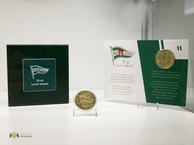 Guldeny Lechii Gdańsk można zakupić w trzech formach: w plastikowym kapslu, w blistrze lub w drewnianym pudełku.