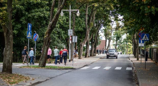 Już niebawem na dół ul. Orłowskiej samochodami zjadą tylko mieszkańcy.