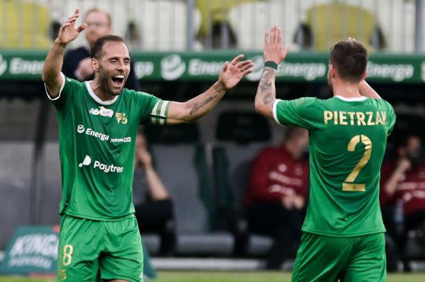 Rafał Pietrzak zaliczył 3 asysty, a Flavio Paixao strzelił 2 gole w wygranym meczu Lechii Gdańsk nad Podbeskidziem Bielsko-Biała 4:0.