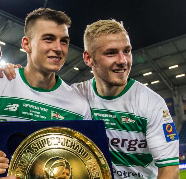 Karol Fila i Tomasz Makowski z Lechii Gdańsk zostali powołani na mecze młodzieżowej reprezentacji Polski, a jeden z nich, z Bułgarią rozpocznie się w Gdyni 13 października o godzinie 18.