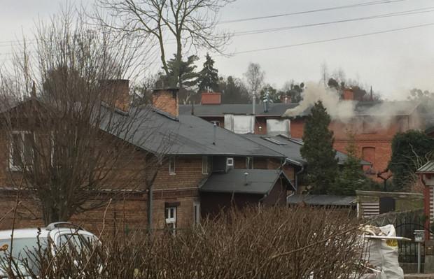 """W Gdańsku problem z """"kopciuchami"""" jest nadal spory. Uchwała antysmogowa ma pomóc go zlikwidować."""