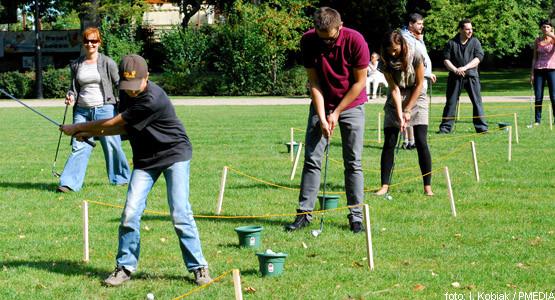 Golf podczas zajęć Zdrowych i Aktywnych cieszy się coraz większym zainteresowaniem