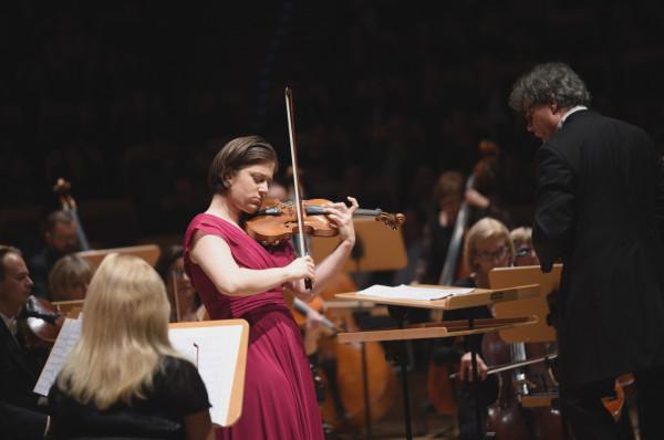 Od ostatniego występu Weriko Czumburidze na scenie PFB minęły cztery lata. W piątek, 9 października, gruzińska skrzypaczka wykona dla publiczności Gdańskiego Festiwalu Muzycznego Koncert skrzypcowy D-dur op. 77 Johannesa Brahmsa.