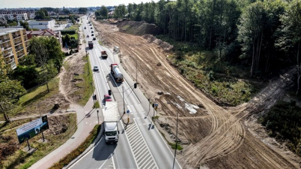 Rozbudowa ul. Kartuskiej jest realizowana dzięki rządowej subwencji w wysokości ponad 13 mln zł.