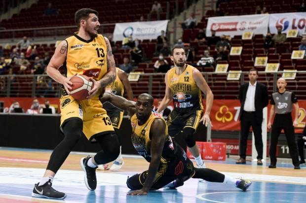 Dominik Olejniczak zaliczył double-double w meczu z Agred BMSlam Stal Ostrów Wielkopolski. Koszykarz Trefla Sopot zdobył 18 punktów i zanotował 11 zbiórek.