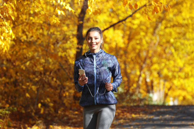 Jesienią trudno znaleźć w sobie motywację. Budowanie nawyków zajmie nam od trzech do czterech tygodni, czyli znacznie krócej niż trwa sezon jesienno-zimowy.