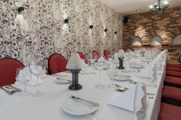 Restauracja Filharmonia to świetne miejsce na rodzinny obiad, biznesowy lunch czy organizację imprez okolicznościowych.