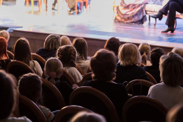 W ten weekend proponujemy zobaczyć dwa teatralne spektakle.