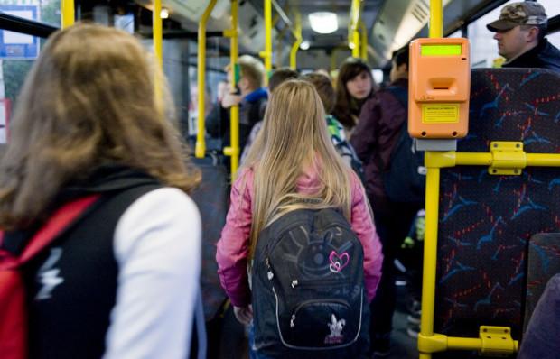 Mimo dziury w budżecie na komunikację miejską władze Gdańska nie zamierzają wycofywać się z bezpłatnych przejazdów dla uczniów.