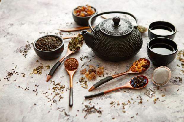 Oprócz walorów smakowych herbaty mają właściwości rozgrzewające i chronią nasz organizm przed przeziębieniami.